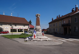 Monuments aux morts de Saint-Laurent-en-Grandvaux (39)