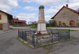 Monument aux morts de Le Villey (39)